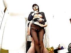 Schulmädchen im Trumpfhose Lutschen Kerl Schwanz Giving Fussjob immer ihren Fahrwerkbeine gebumst Cum To Bein aufs Boden im Raum