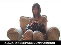Sakura Hazuki ziemlich asiatischen Milf bekommt anal bead Behandlung