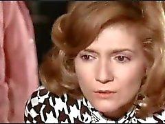 Nudez em filme francês Un linceul n'a pas de poches (1974)