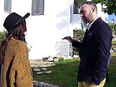 OyeLoca - Sexy Latina persuade Inmobiliaria con su coño