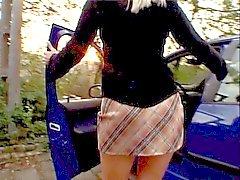 Блондинка находит белый парень с монстр Дика держаться в ее задницу