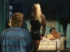 Alexandra Квинн Каролин Монро Savannah в классическом порно зажима