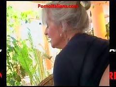 Nonna studentexamen vogliosa di cazzo giovane - granny heta kuk
