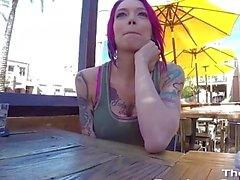 волосы девушка групповуха Creampie розовые получает выебанная жесткий