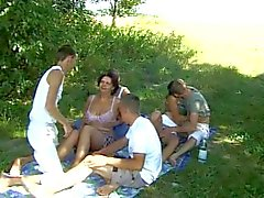 Del sesso Bi teenager che ! Sex outdoor party