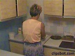 Пожилая женщина со волосатые киски