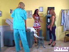 IntimateLesbians - Jessica, Puma e Nicole fucking naughty