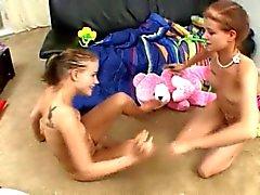 Scopare con babysitter gemelli