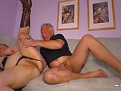 Hausfrau Ficken menacing-fearsome Corpulent granny acquires her twat screwed during non-professional tape