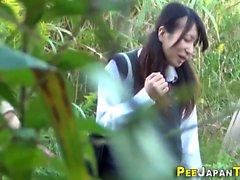 Liseli Asyalılar İdrar