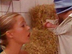 Kaufen die ein nettes Babe einer deutschen Clon Farm