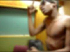 Ay Streatz - ELA SUCKED MY DICK (Vídeo Musical)