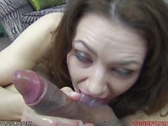 Sarah Shevon loves to suck on a cock