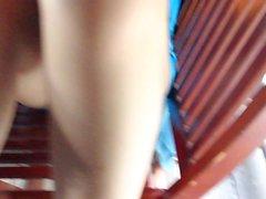 Fulla upskirt av vietnamesisk frun samtidigt med mjöl