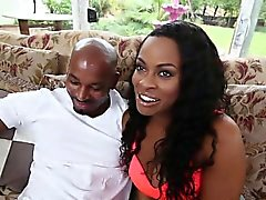 Tori Taylor Entertains Her Male Guest Who Is So Turned On
