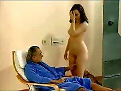 Aviomies katsella hänen vaimonsa vitun kaksi kaverit