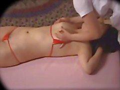 Aziatische Lesbian Massage