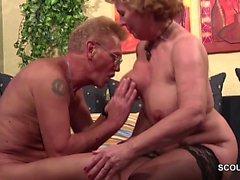 Tyska gamla paret i Förstagångs Porn • Gjutning Rollspel