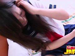 Shizuku Morino é uma bela estudante japonesa com uma