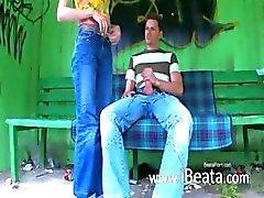 Unser erste Outdoor Sex dem Busbahnhof