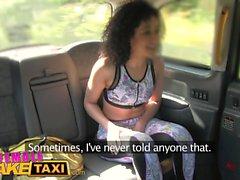 Nainen Fake Taksikuski cums upea kunto Babes suun