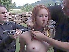 De Titty torture des de poussin vilain