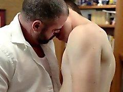 Horny mormon se fait baiser