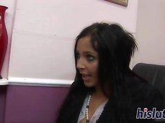Classy Büro Schlampen haben kinky lesbischen Spaß