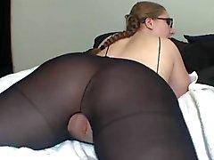 Heiße Frau In Glasses zeigt ihren Große Esel