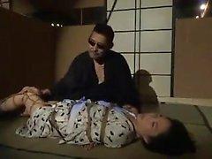otelde amatör japon genç BDSM