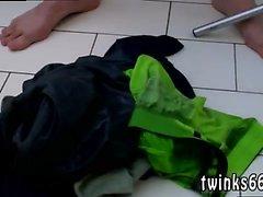 Till video manliga Onanera med banana bögen Gulligt Oklippt pojke Squir