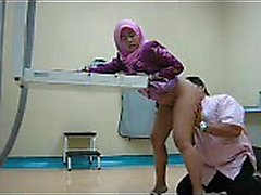 Sexy indonesians fucking in der Klinik