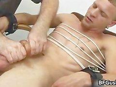 Бесплатный геев клипы Джейкоб получения его гей часть2