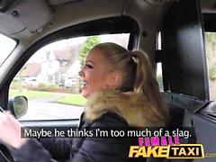 Femminile Falso taxi Finger-cazzo un bambino in forma