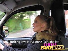 Feminino Taxi Falso Dedo-fodendo um bebê ajuste