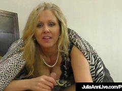 İnanılmaz Milf Julia Ann Jacks Ağzına Ve Ellerine Bir Deli!
