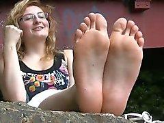 Красивые ноги Shy французской Девичьи