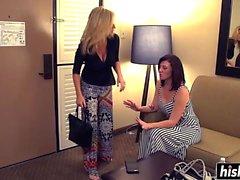 Due lesbiche cazzo in albergo
