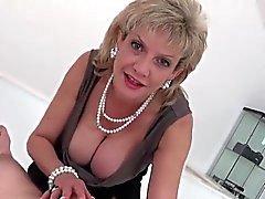 big boobs blondine domina