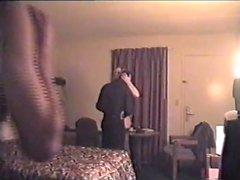 La moglie matura usa sconosciuti in Motel