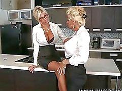 Puma Zweed en Bobbi Eden