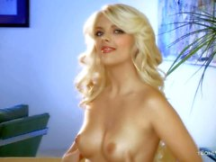 Naked glamour Blonde Jana Jordan touching her twat