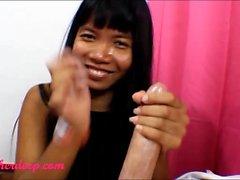 Heather Deep Hula Hoop Sahnehals throatpie thai jugendlich