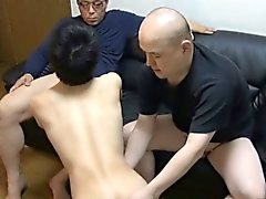 Twink asian gays aspire les deux
