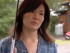 Amateur japanische mit großen Titten in Kellnerin Uniform Cosplay