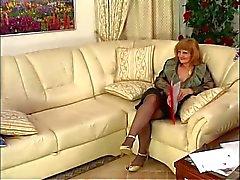 Heißesten Oma sowie mature.By PornApocalypse