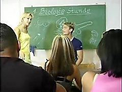 Bi in der Schule 02/01