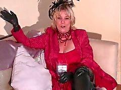 Granny Jasmine Accepterar Fellatio Award , Part One