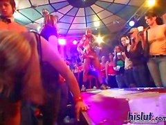 Tsjechische meisjes graag feest