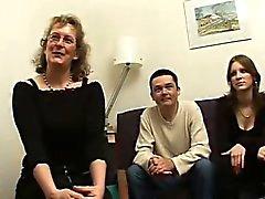 Età matura francesi Françoise fa scopare in trio